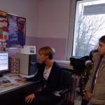 Z panią redaktor Marleną Steć w redakcji terenowej Życia Siedleckiego w Sokołowie